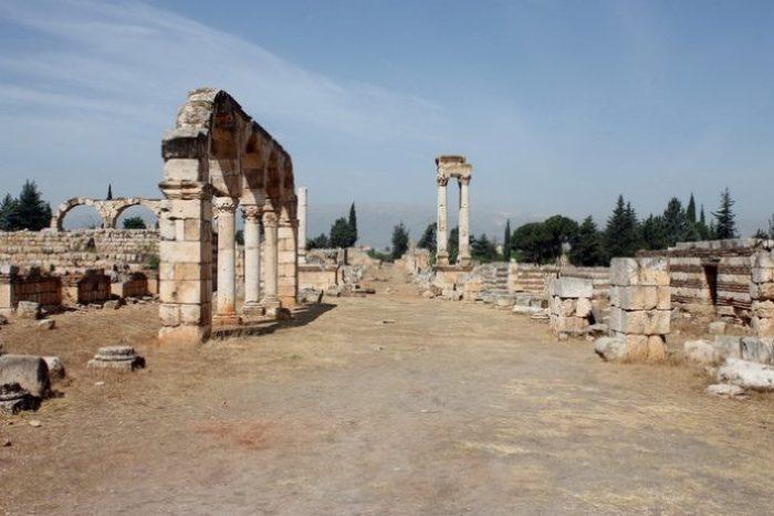 Decumanus in Anjar