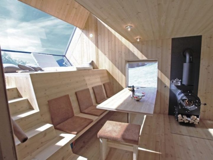 Compact Home Designed for spectacular Views of the Alps7