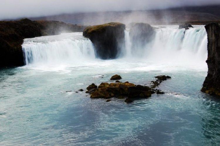 Waterfalls Of Gods Iceland4_resize