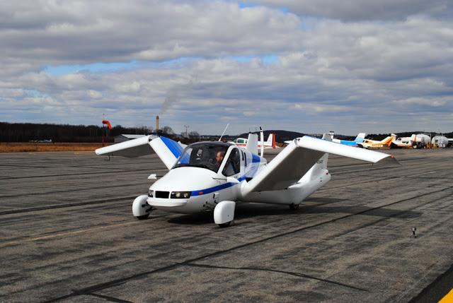 terrafugia-flying-car-public-flight-04