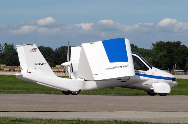 terrafugia-flying-car-public-flight-05