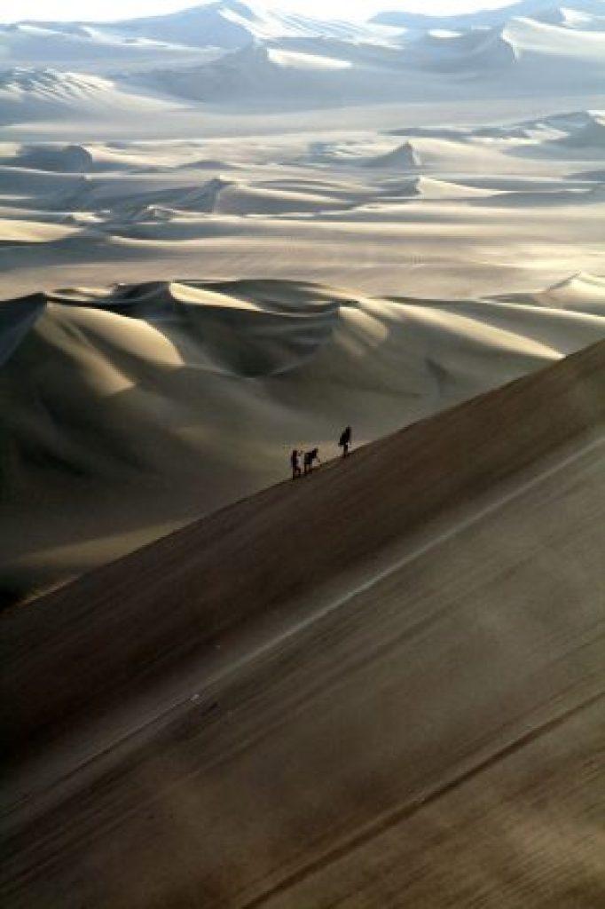 huacachina-village-desert-oasis-in-peru-13