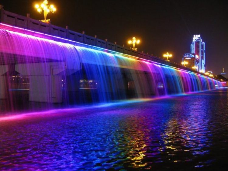 Charismatic Planet Moonlight Rainbow Bridge In Seoul Korea12