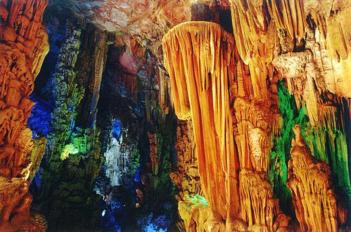 Reed Flute Cave China3