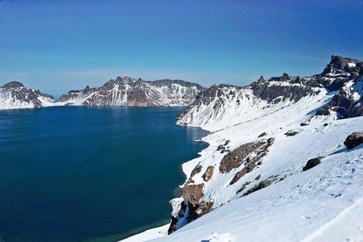 Heaven Lake China North Korea11