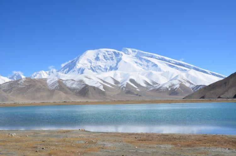 Tarakul Lake in Tajikistan23