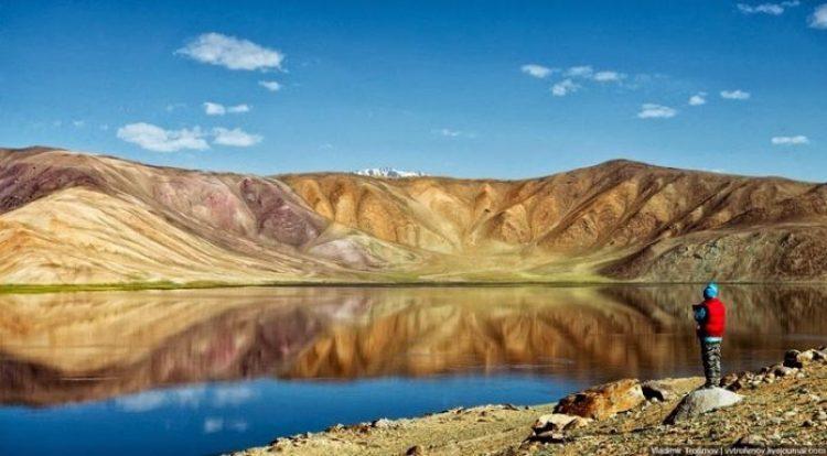 Tarakul Lake in Tajikistan7