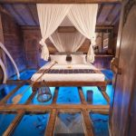 Magnificent Bedroom Glass Floor Reveals Underwater Wonders