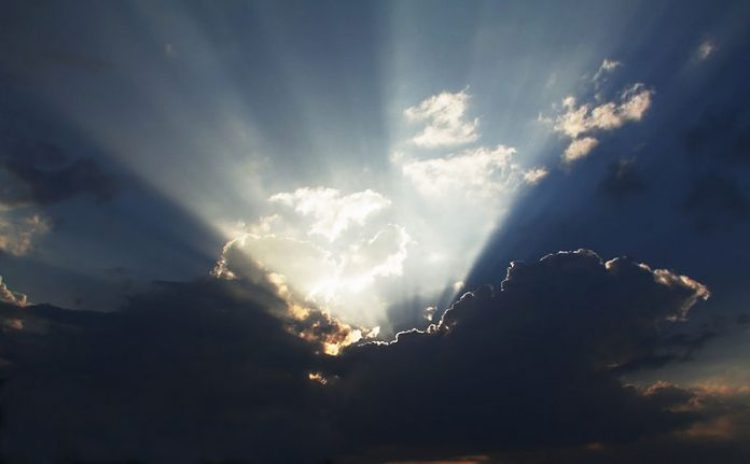 Behind the cloud style crepuscular rays