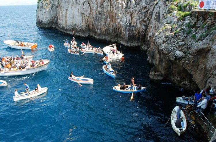 Lined-up-outside-the-Blue-Grotto