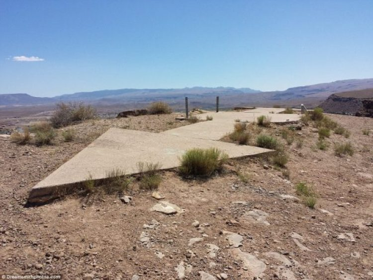 A huge concrete arrow is found in perfect condition in Bloomington, Washington County, Utah