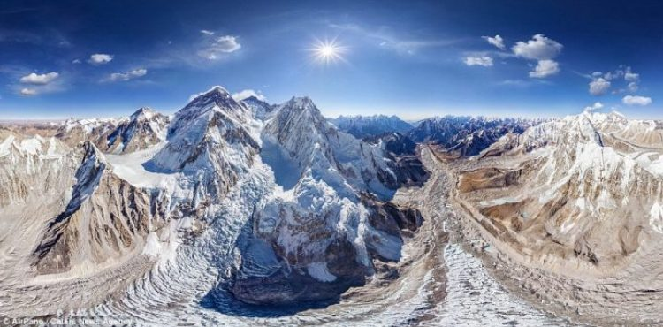 A stunning photo of Mount Everest, Earth's highest mountain, located in the Mahalangur section of the Himalayas
