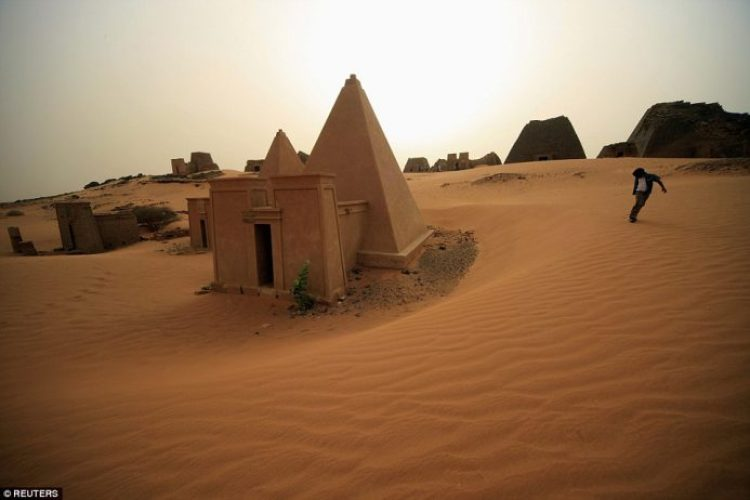 famous counterparts in Giza, Egypt, the Sudanese site is largely deserted and visited by very few tourists each year
