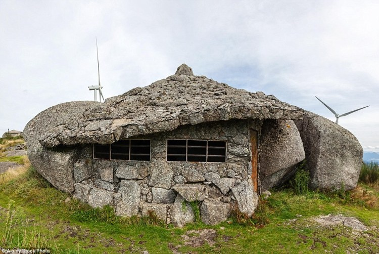 Casa do Penedo earned its 'Flintstones' nickname due to its resemblance to stone houses from the classic animated TV series