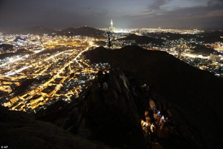 Mount Jabal Al-Noor looking over the Hira cave