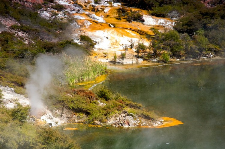 frying pan lake new zealand Waimangu volcano volcanic 8