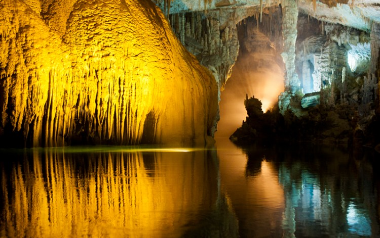 . The Jeita grotto contains a lot of touristic attractions that fill the visitor's time with enjoyment and happiness. The main attractions include ropeways, train, miniature zoo, gardens and many sculptures.