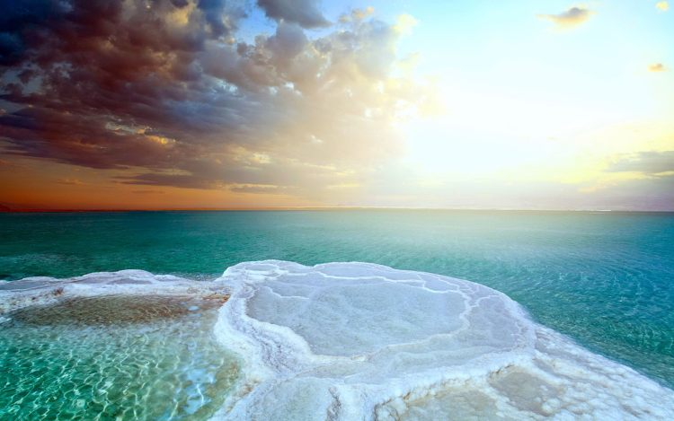 Furthermore, the Dead Sea water is very effectively helps in the treatment of allergies, psoriasis, eczema, acne.