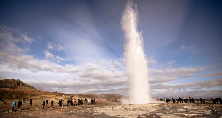 """The deposited """"geyserite"""" largely hydrated silicon dioxide seals the geysers plumbing system, allowing it to pressurize."""