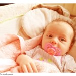 How to Pick Pacifiers and Bottles