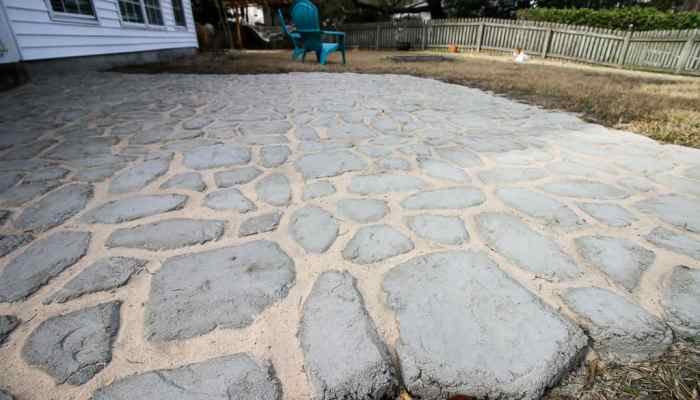 How to add Polymeric Sand to Quikrete Walkmaker Pavers