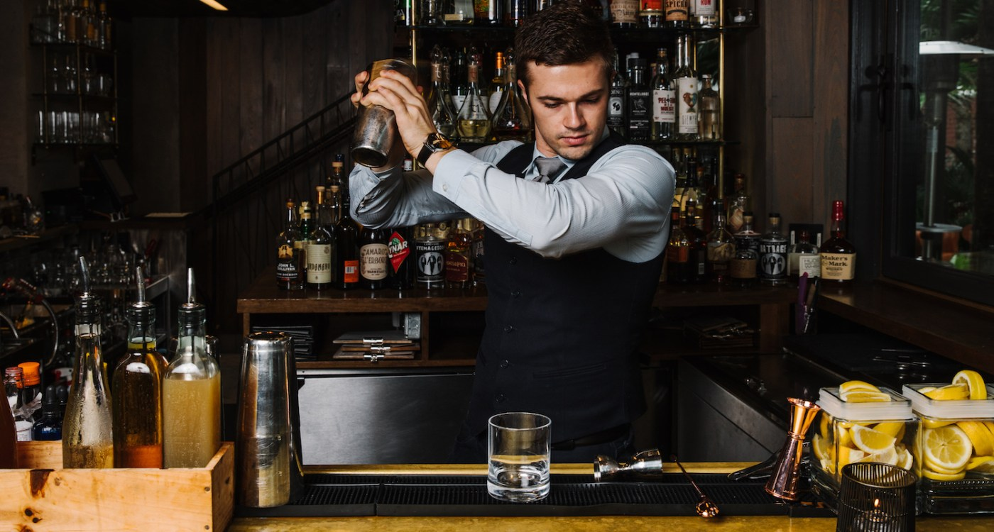 6 Best Cocktail Bars in Charleston