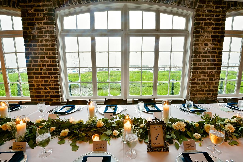 Charleston Wedding Guide_0412.jpg