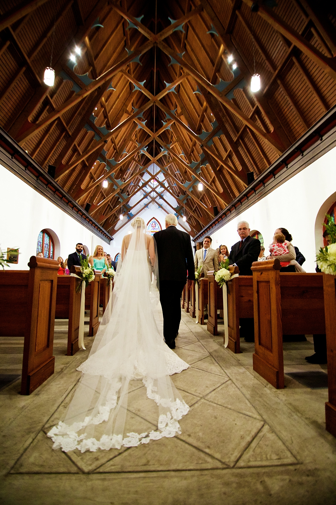 Charleston Wedding Guide_0424.jpg