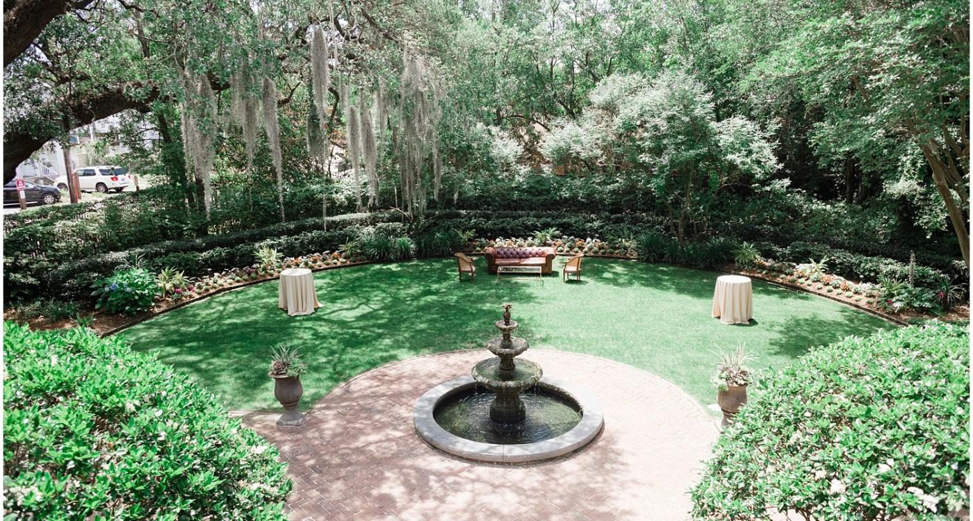 Charleston-Wedding-Guide_0707.jpg
