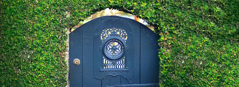 Charlestonly Garden Gate