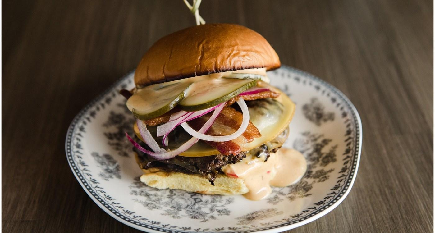Parcel32_Burger