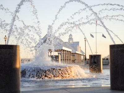 6 Dazzling Photos of Fountains in Charleston