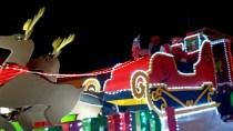 Santa led the parade! (after fire trucks)