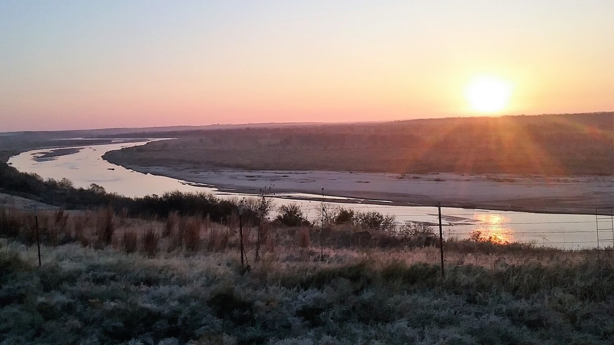 Sunrise on the Oklahoma Red River
