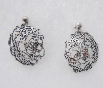 Wave-round-earrings