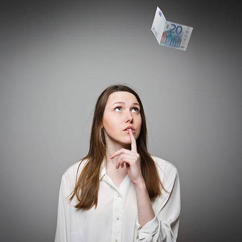 Waarom vrouwen niet aan geld geraken