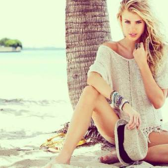 Charlotte McKinney - Beach - 08