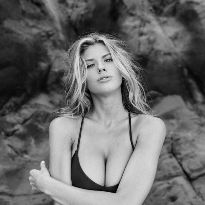Charlotte McKinney - Samuel Black - Lippke - 23