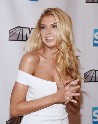 Charlotte McKinney – MSG Networks Original Programming Party - 01