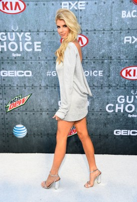Charlotte McKinney - Guys Choice Awards - 07