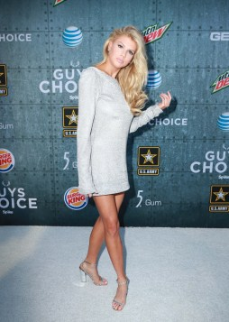 Charlotte McKinney - Guys Choice Awards - 10