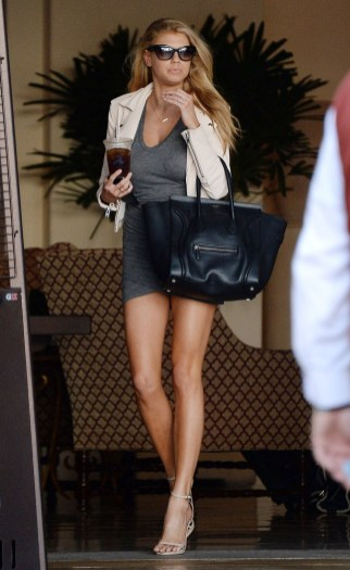 Charlotte McKinney - In the street - 07