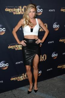 Charlotte McKinney & Keo - Dancing with the stars - 15