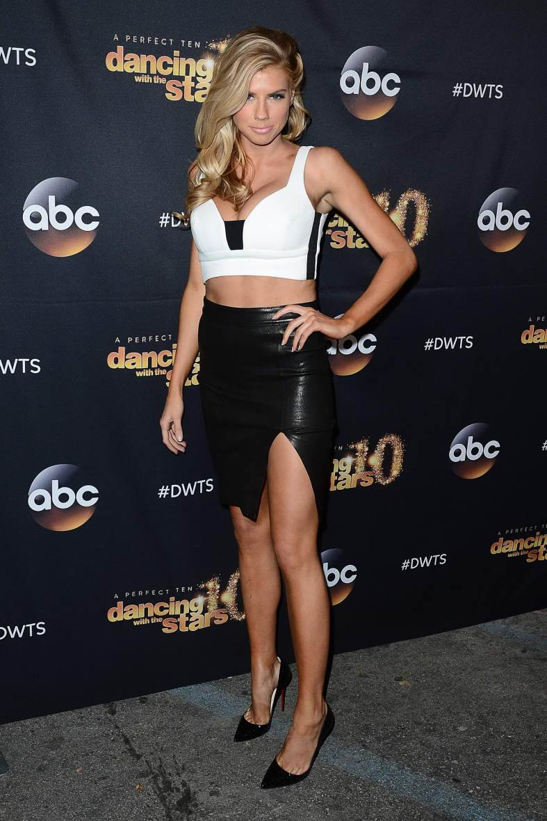 Charlotte McKinney & Keo - Dancing with the stars - 17