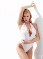 Charlotte McKinney - Vanity Fair - Miguel Reveriego - 01