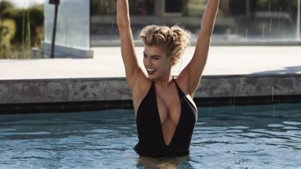 Charlotte McKinney - Vanity Fair - Miguel Reveriego - 05
