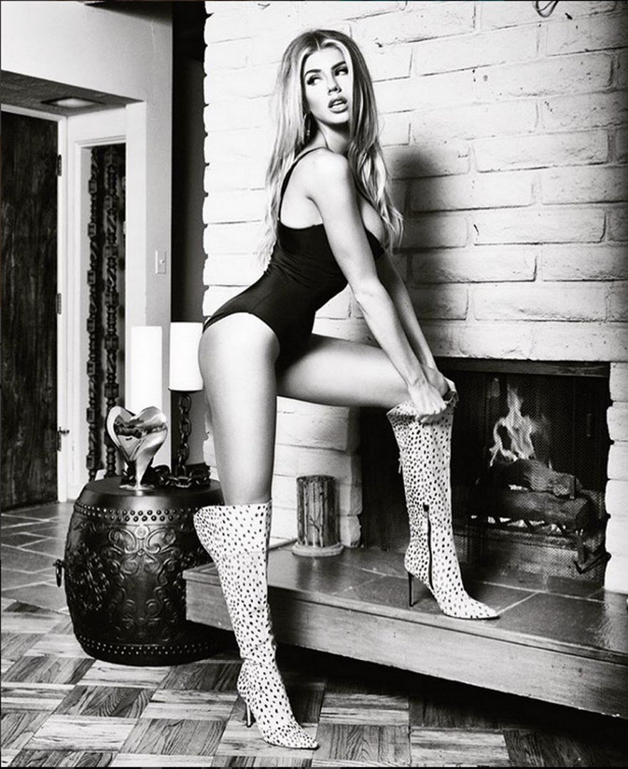 Charlotte McKinney for Guess Fall Line shot by Tatiana Gigi - 09