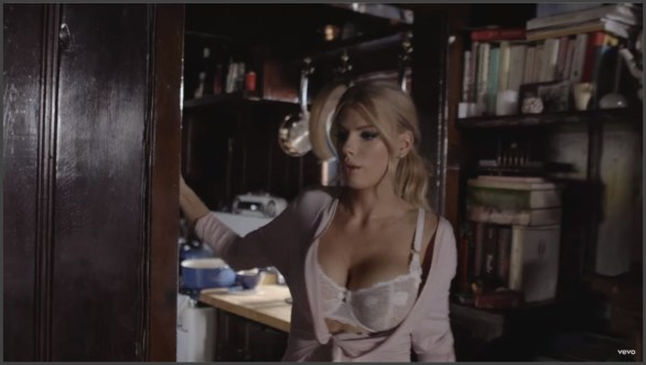 charlotte-mckinney-in-pete-yorn-music-video-im-not-the-one-07