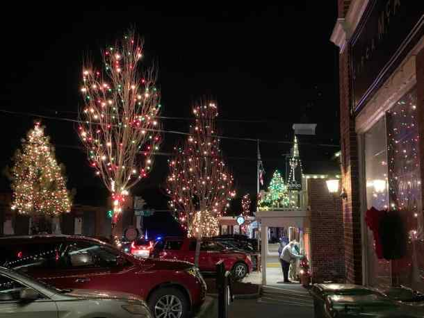 Christmas Lights In Charlotte 2021 Best Christmas Light Displays In The Charlotte Area For 2020 Including A Map Charlotte On The Cheap