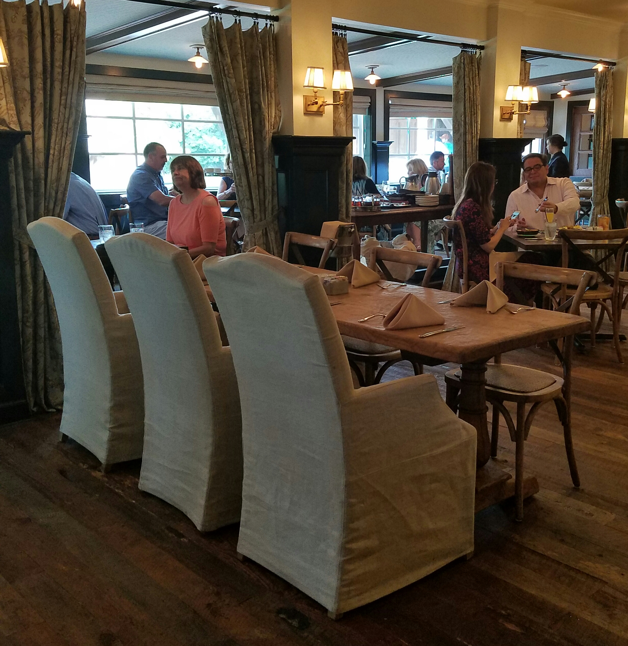 Boerne – Brunch at Peggy's on the Green